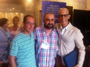 Pedro Zerolo (dcha), junto a Toni Poveda, gerente de CESIDA y Juan Ramón Barrios, presidente de CESIDA (izq).